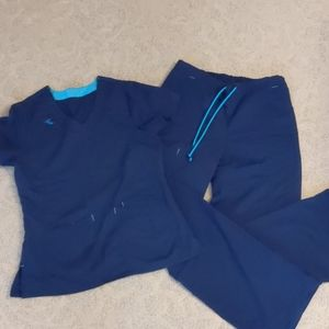 SM Navy blue scrub set small scrubstar